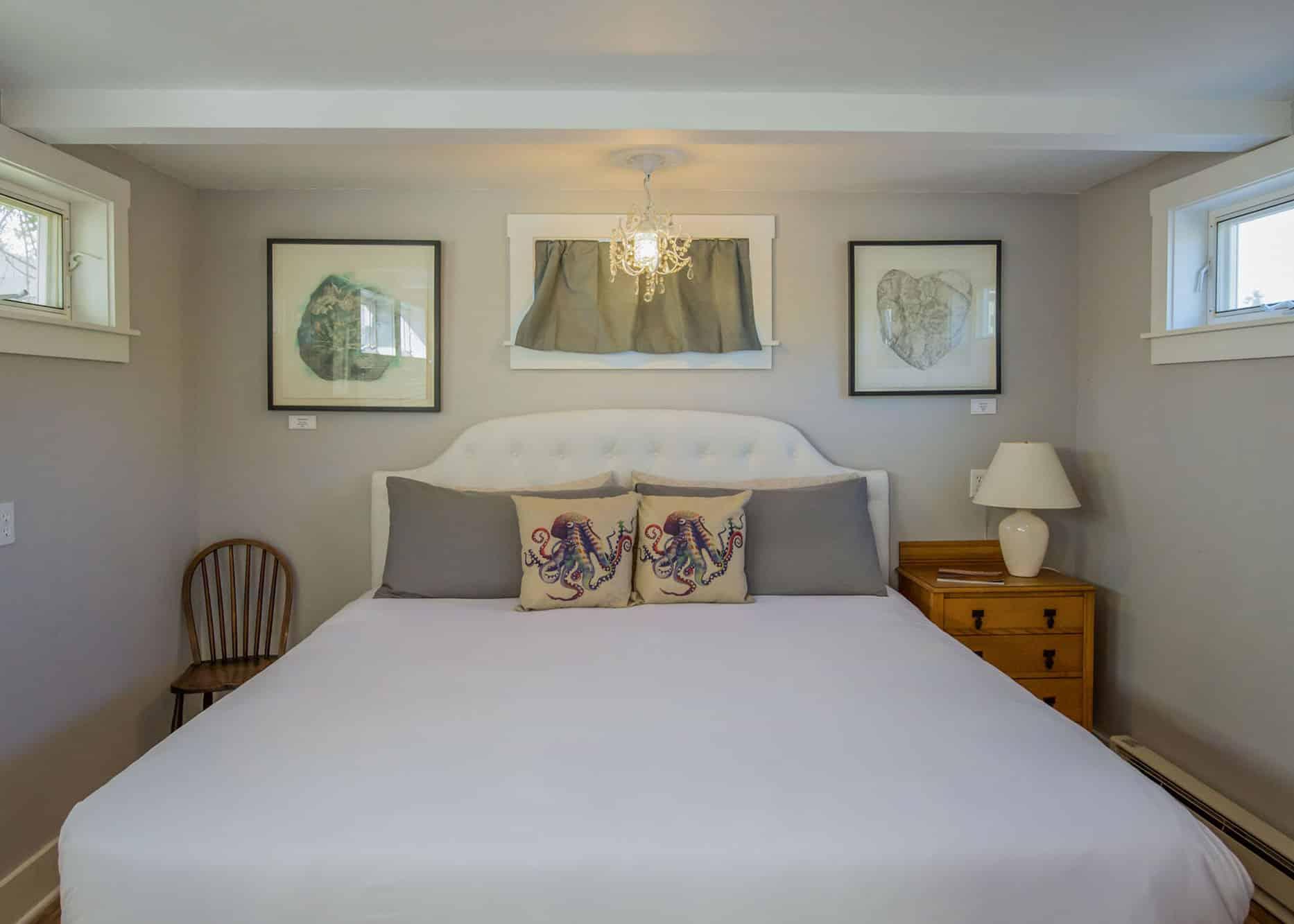 the-edenwild-inn-lopez-island-lodging-2020-room-09-01