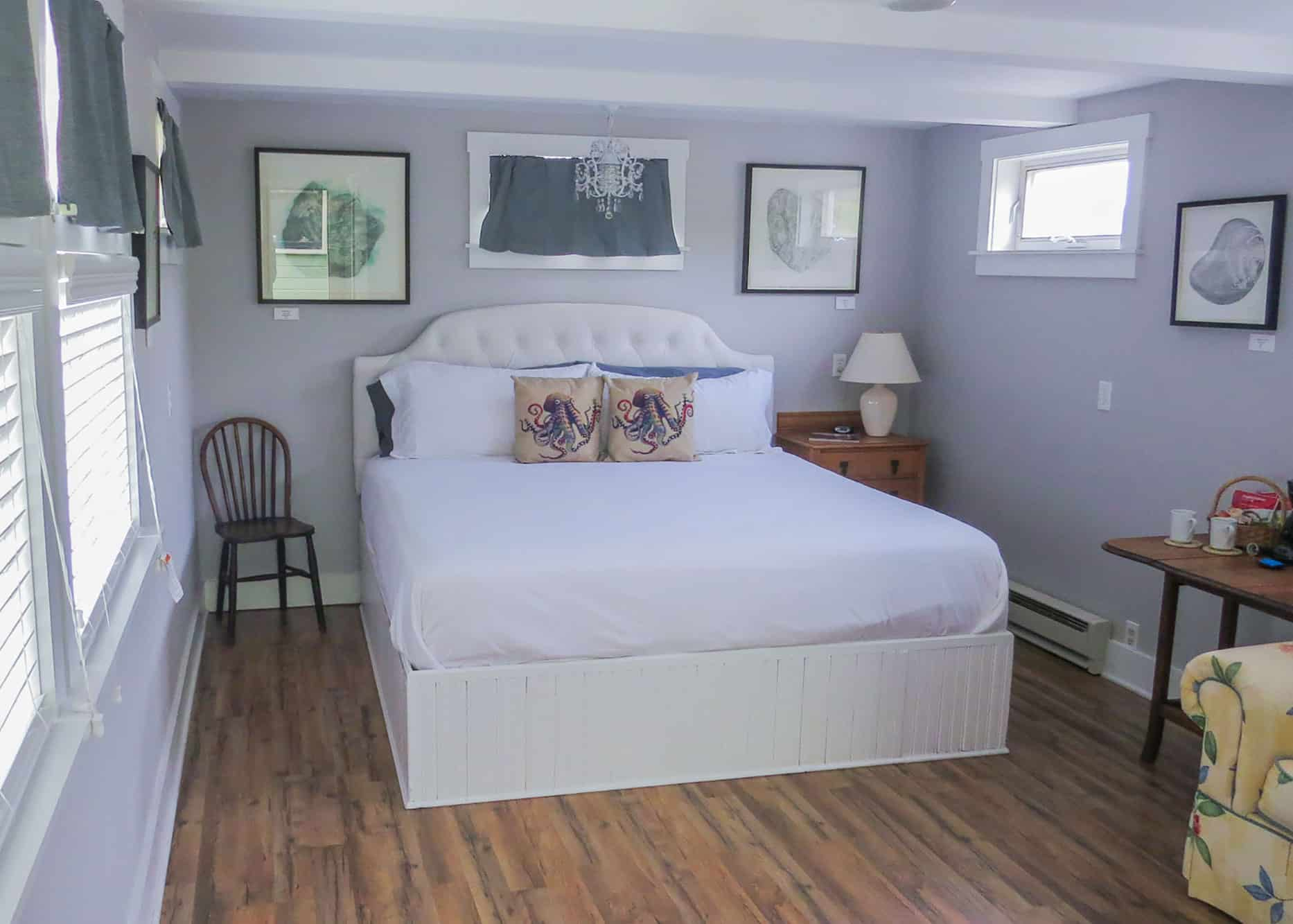 the-edenwild-inn-lopez-island-lodging-2020-room-09-05